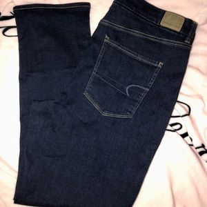 NWT American Eagle Women's Next Level Jeans!!